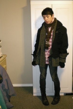 thrifted scarf - H&amp;M sweater - vintage jacket - Urban Outfitters gloves - BDG ur