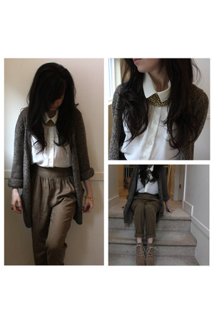 gold chunky H&M necklace - wilfred pants