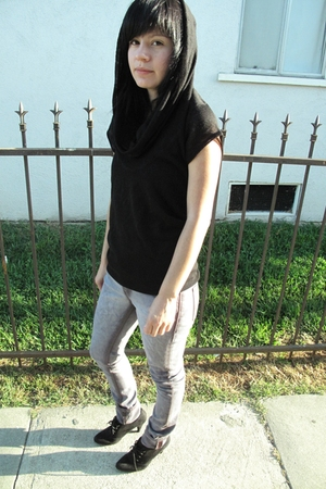 black H&M shirt - black Zara shoes - purple Kill City jeans