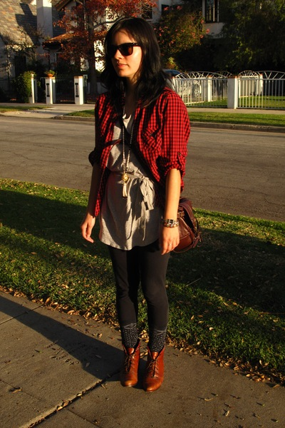 red Forever 21 shirt - gray Forever 21 shirt - brown vintage from Wasteland boot