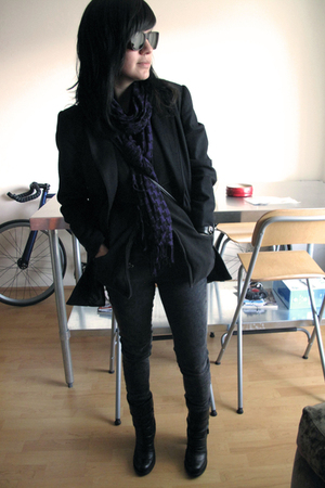 black Zacharys Smile White Label blazer - black H&M scarf - brown Persol sunglas