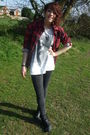 Gray-primark-leggings-black-new-look-boots-red-shirt