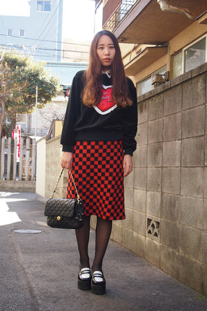 red GVGV shirt - white trump collar Murua shirt - black quilted beaure bag