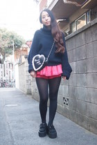 coral peplum sretsis shorts - navy Toga Pulla sweater - black heart GVGV bag