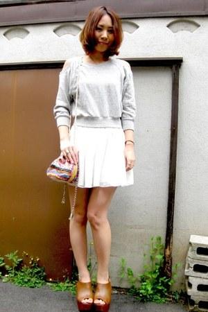 white chiffon flare American Apparel skirt - off white embroidery STAR MELA bag