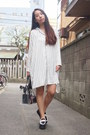 White-striped-pajama-iena-slobe-dress-black-transparent-nadesico-bag