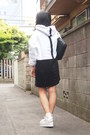 Black-quilted-beaure-bag-white-white-short-gvgv-socks