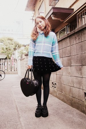 turquoise blue phebely sweater - black heart bag Milk bag