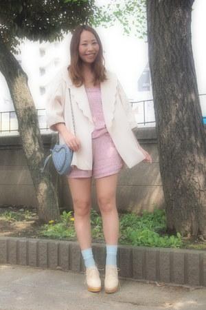 ivory snidel jacket - sky blue heart purse Frees shop bag
