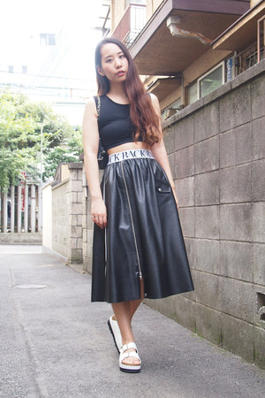 black leather ann-sofie back skirt - black cropped Topshop top