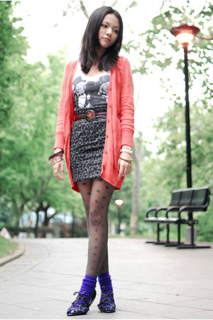 orange moussy cardigan - black Marc by Marc Jacobs shoes - gray cotton on skirt