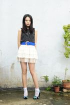 black H&M blouse - white skirt - blue belt - black Steve Madden shoes