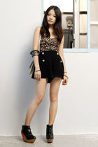 black sugarhill boutique shorts - black Silence and Noice top - Finsk