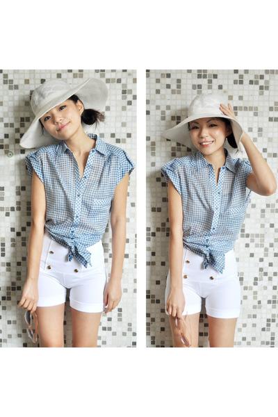 Zara Blue Top Zara White Shorts
