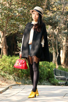 red Cherrykoko bag - beige BDG hat - black House of Holland tights