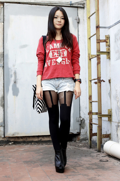 red truly madly deeply sweater - black house of holand tights