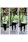 Mango-leggings-lacoste-sneakers