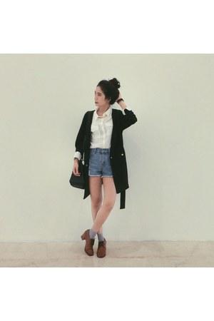 black coat - white H&M shirt - black Zara bag