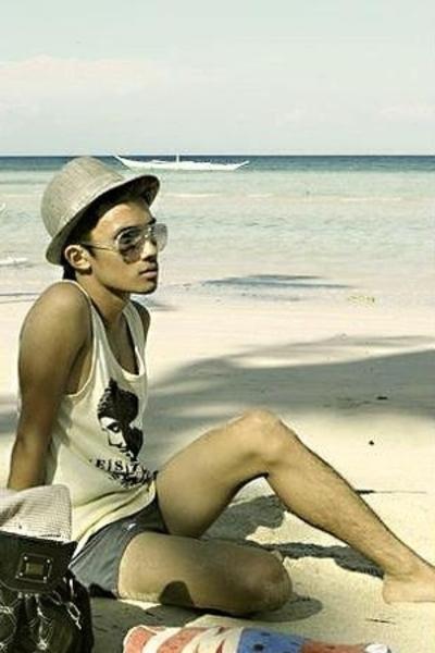 Speedo swimwear - shirt - hat