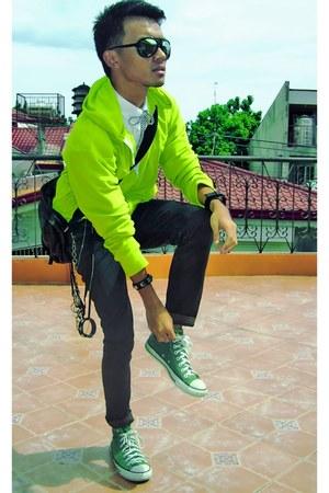 chartreuse Yves Identify jacket - black Oxygen pants - white Ralph Lauren shirt