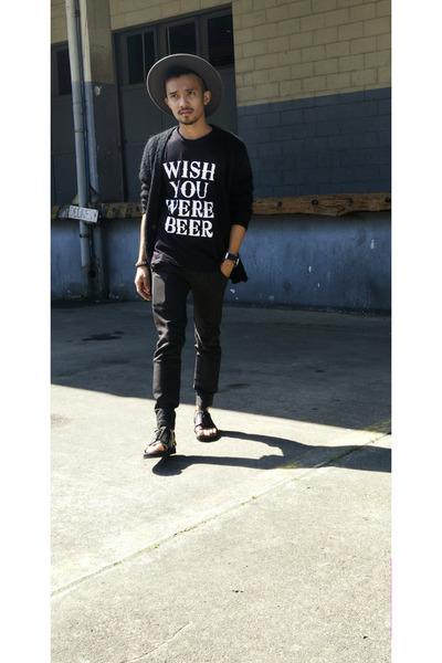 black Crvnch Clothing shirt - gray felt fedora h m divided hat 4d2fe5cc00d
