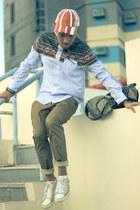 Leather sneakers sneakers - knapsack Sazaby bag - stretch cotton Veeko pants