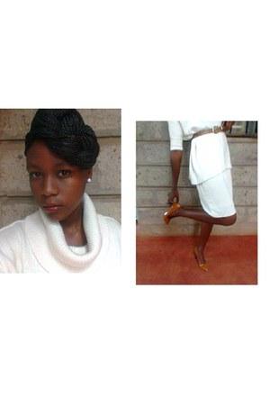 Bande Wear skirt - Old Navy sweater - slim vintage H & M belt