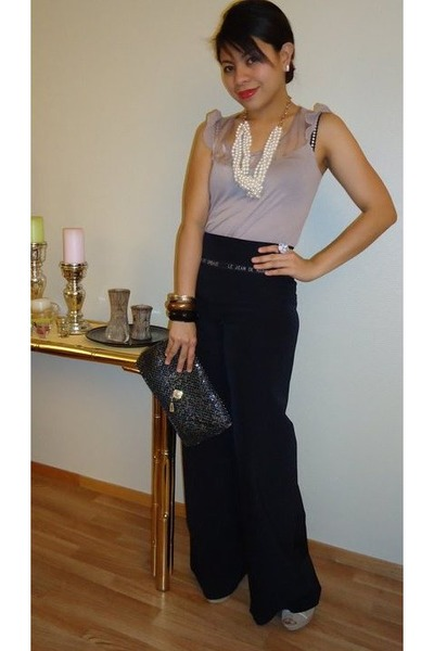 glass beaded thrifted vintage purse - H&M ring - Marithe Francois Girbaud pants