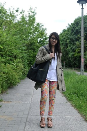 floral Vero Moda pants - dark khaki trench H&M coat - black hobo asos bag