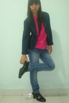 blazer - pink t-shirt - jeans - black costum made boots