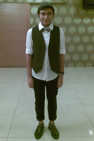 garutis vest - domanchi shoes - Topman shirt - Fourskin hat