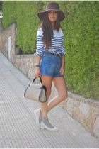 white H&M t-shirt - blue Bimba&Lola shoes - brown Zara hat - blue Zarar shorts