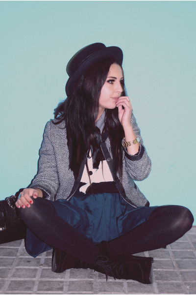 black H&M hat - green H&M skirt - black Primark boots