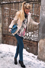 Black-shoes-teal-jeans-beige-blazer-white-zara-shirt-teal-bag