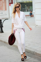 white jeans - crimson H&M hat - white Sheinside blouse - black sandals
