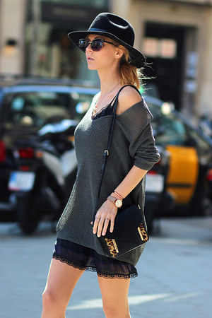 black hat - navy dress - gray chicnova sweater - brown bag - black flats