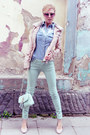 Aquamarine-jeans-light-pink-jacket-light-blue-shirt-aquamarine-bag