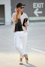 White-jeans-beige-bomber-jacket-sheinside-jacket-black-bag-beige-sneakers