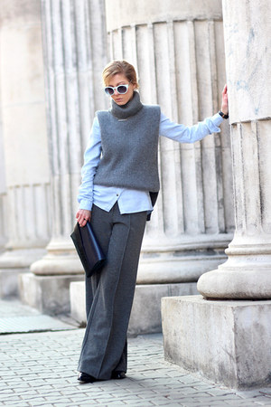 gray wide-leg H&M pants - gray Choies sweater - light blue shirt - black clogs