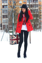 red red coat H&M coat - black black hat H&M hat - white H&M t-shirt