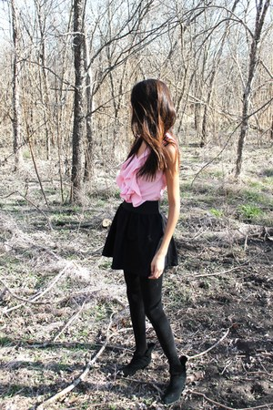 pink blouse - black skirt - black stockings - black Nine West heels