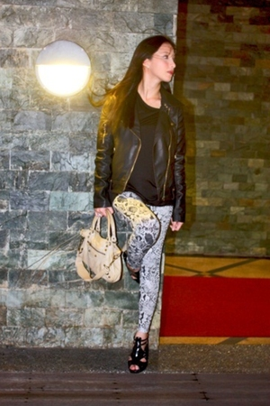 jacket - Forever 21 leggings - GoJane shoes - balenciaga purse