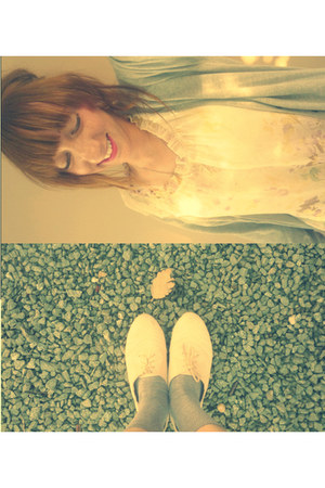 peach Topshop shoes - light yellow Thrift Boutique dress - periwinkle socks