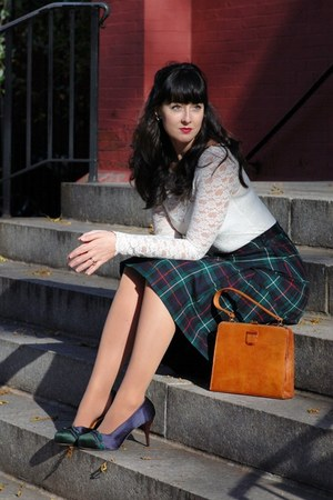 forest green vintage tartan skirt - navy pumps Lucky Penny shoes