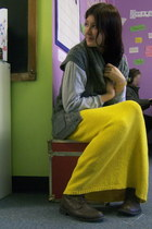 yellow skirt - dark brown boots - heather gray shirt