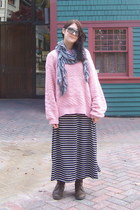 pink knit oversize sweater - dark brown lace up tall Refresh boots