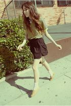 yellow shirt - black skirt - pink welovecolors socks - beige shoes