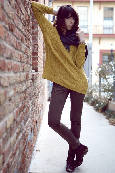 mustard cable knit Lamb & Flag sweater - gray vintage scarf