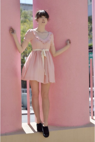 light pink cute 8000 nerves dress - black suede BC footwear heels